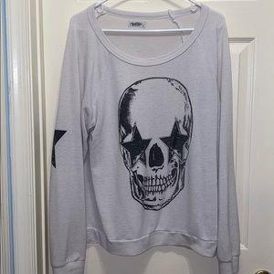White skull long sleeve